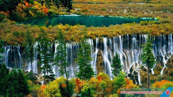 Cảnh sắc đẹp mê hồn tại Cửu Trại Châu - Thành Đô