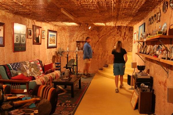 Coober Pely thị trấn ngầm kỳ lạ ở Úc