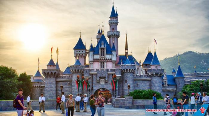 Công viên Disneyland - Hong Kong