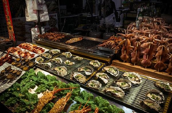 Ghé thăm chợ đêm Lục Hợp ở Cao Hùng