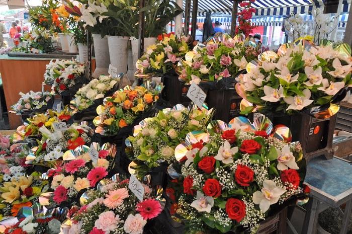 Chợ hoa Cours Saleya