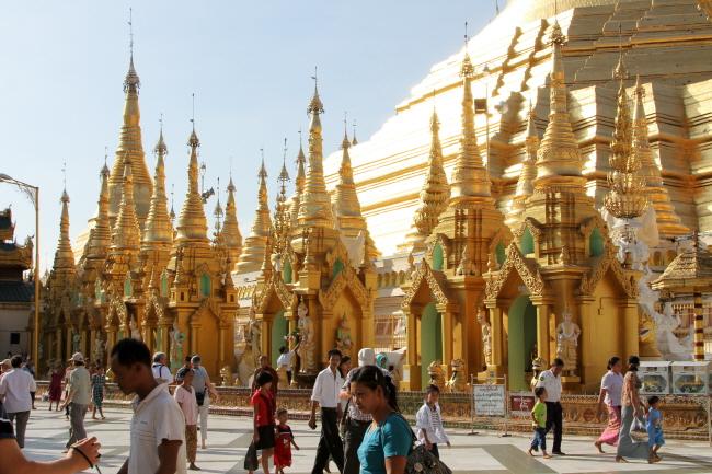 Myanmar vào tháng 12