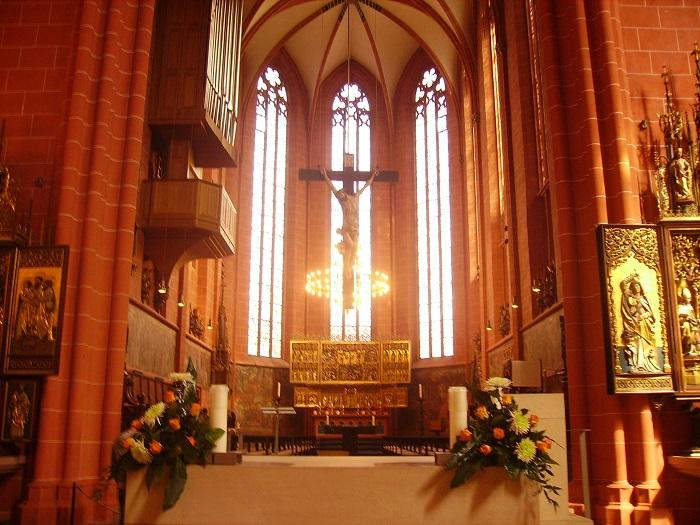 Nhà thờ được xây dựng lại vào thế kỷ 19