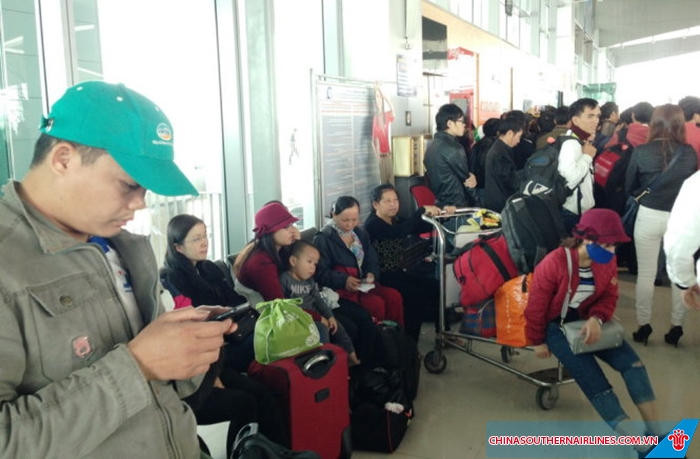 Chuyến bay bị hoãn hủy do nhiều nguyên nhân chủ quan và khách quan