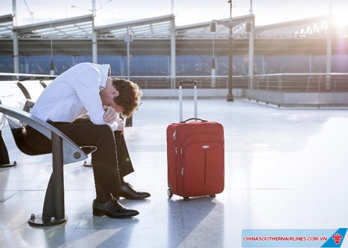 Khi có thông báo hoãn, hủy chuyến bay, hãy để ý cả thông tin hành lý ký gửi của mình