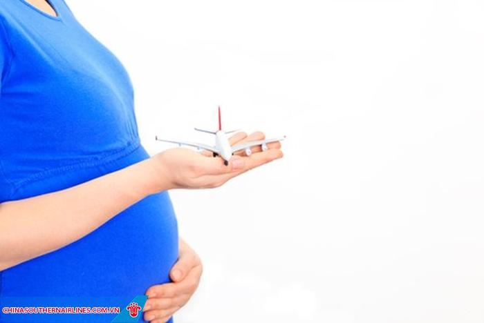 Những hỗ trợ tận tình dành cho phụ nữ có thai của China Southern Airlines.