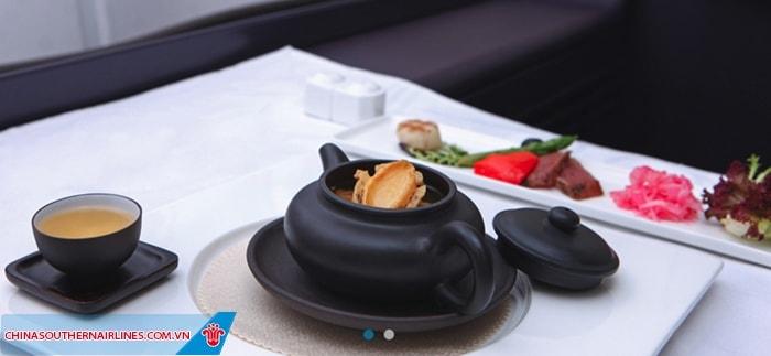 Suất ăn phục vụ trên chuyến bay China Southern Airlines