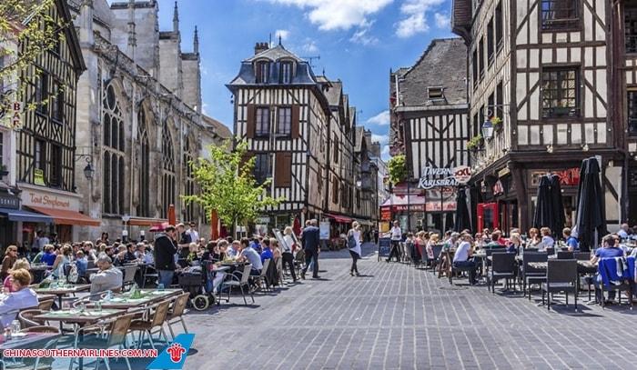 Khung cảnh ở Troyes
