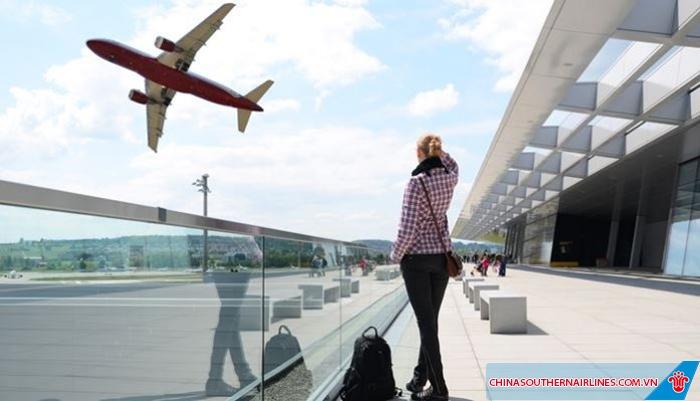 Bạn cần chuẩn bị đủ giấy tờ theo yêu cầu của hãng hàng không