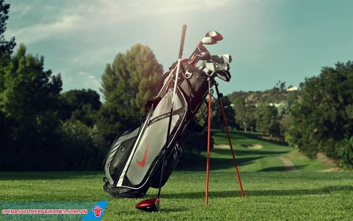 Bộ dụng cụ chơi golf