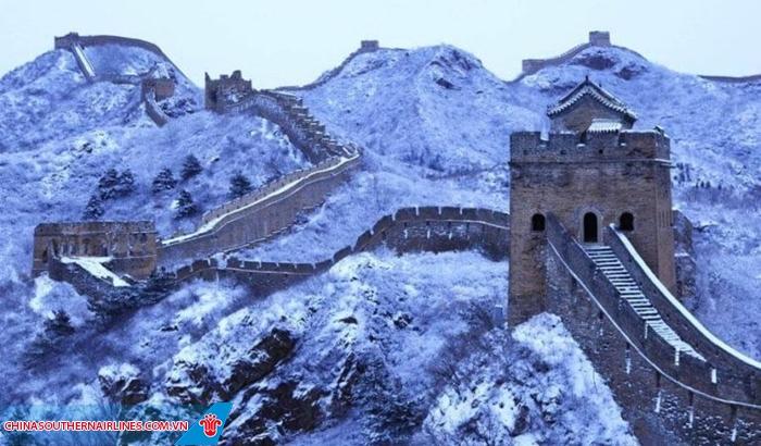 Tuyết phủ Vạn lý trường thành vào mùa đông