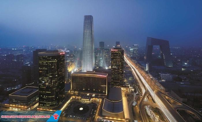 Khách sạn Shangri-La China nổi bật ở khu phố trung tâm