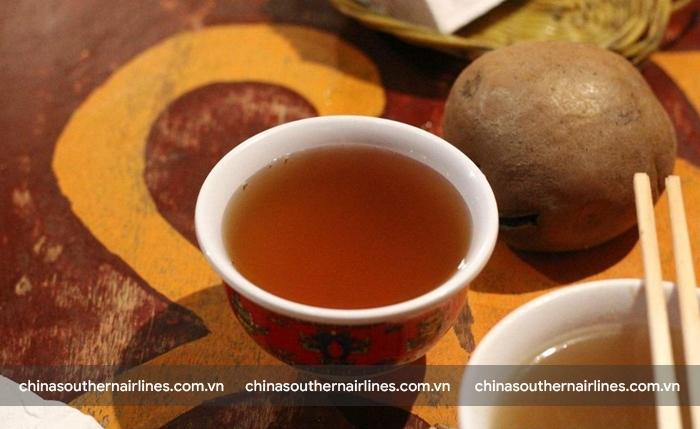 Rượu lúa mạch đặc sản Tây Tạng