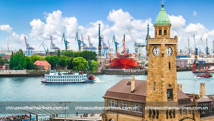 Đến Hamburg hãy trải nghiệm du lịch bằng đường thủy