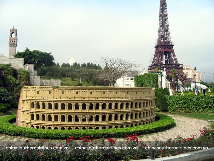 Đấu trường Colosseum trong Công viên Trung Hoa Cẩm Tú