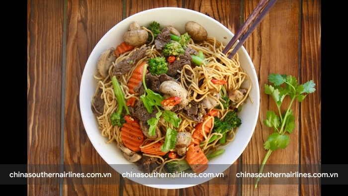 Mỳ xào Chow Mein, món ăn tuyệt đối không được bỏ qua khi tới Thâm Quyến