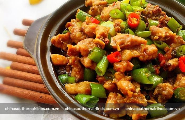 Thịt thỏ rán với ớt rất ngon nhưng khó tìm ở Thành Đô