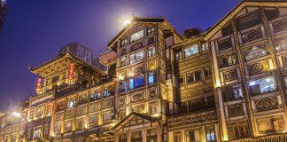 Vẻ đẹp cổ kính của Trùng Khánh khi đêm về