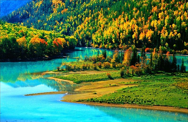 Vẻ đẹp hút hồn của hồ Kanas Lake